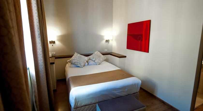 חדר זוגי מלון ארט גלרי חיפה