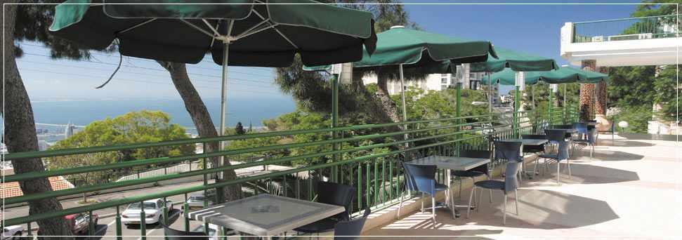 מרפסת גג מלון גני דן בחיפה