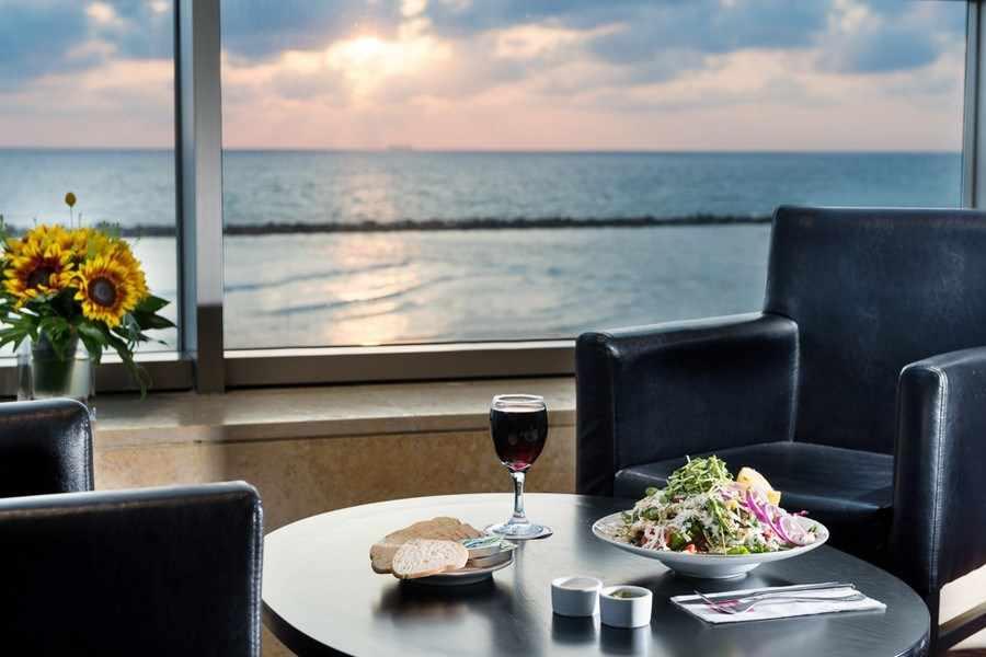 נוף לים לאונרדו פלאזה חיפה